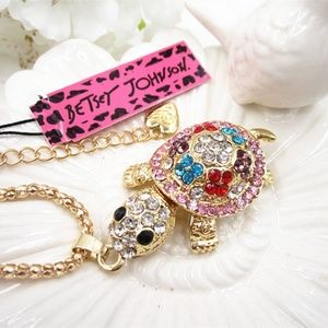 Betsey Johnson Replica Long Sweater Chain Pendant